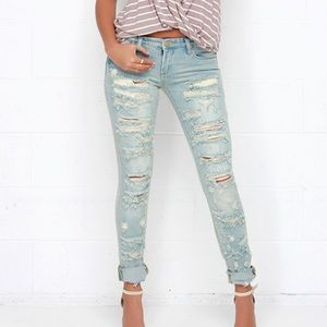 Blank NYC Destroyed Skinny Classique Jeans NWT